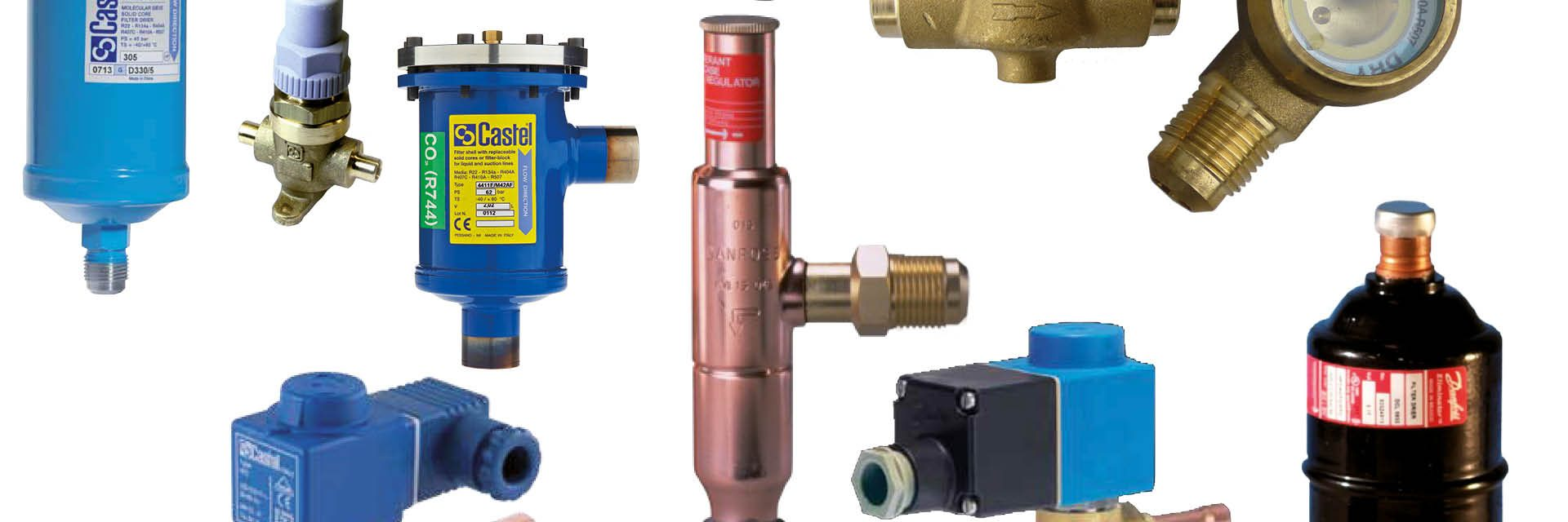 lijncomponenten voor koelinstallaties en vrieninstallaties: filterdrogers, magneetventielen, terugslagklappen, kijkglazen, bolkranen, overdruk beveiliging, vloeistofvaten, olieafscheiders, oliereservoirs, olieniveauregelaars, vloeistofafscheiders en trillingsdempers